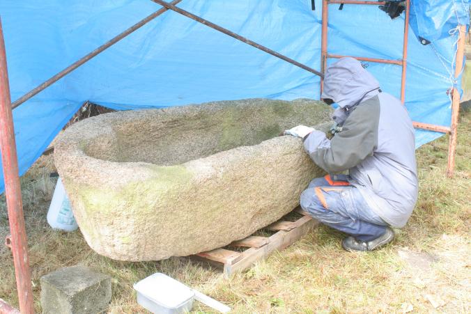Sarcófago suevo atopado nas escavacións de Medeiros / Duvi