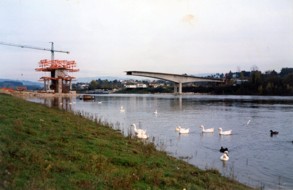 Construción da Ponte internacional para unir Salvaterra con Mozçao / Lazoiro