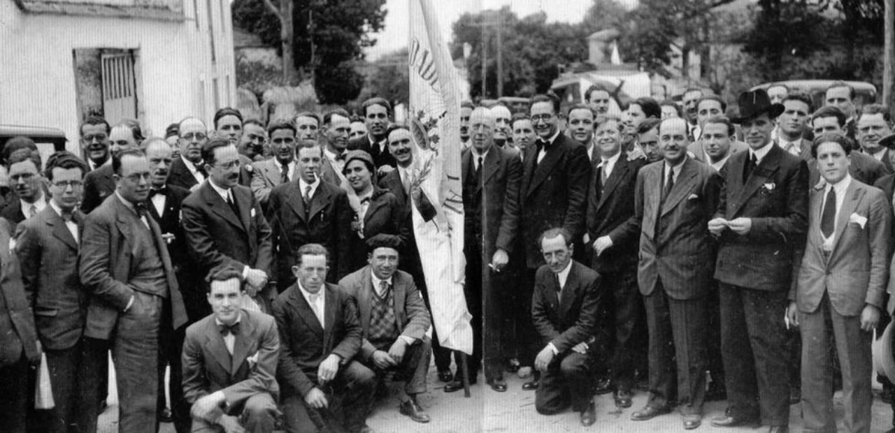 Integrantes do Partido Galeguista, entre eles, Alexandre Bóveda, Ramón Villar Ponte, Fernández del Riego, Antón Villar Ponte ou Plácido Castro en 1932