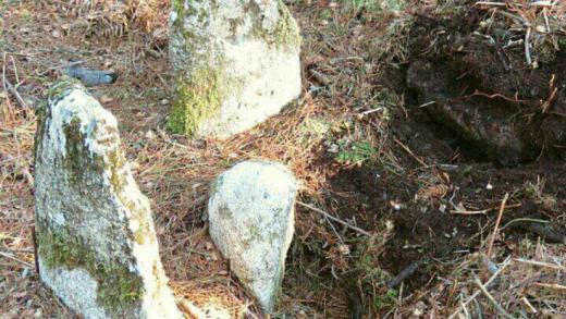 Piden escavar unha mámoa en Guitiriz tras atopar novos elementos do conxunto megalítico