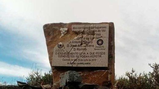 Destrozan unha placa en memoria dos asasinados polo franquismo