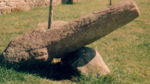 Queres coñecer os altares romanos indíxenas, os miliarios e as termas romanas de Cuntis?
