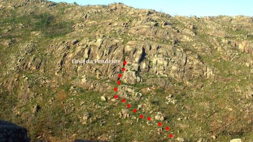 Como chegar á Cova da Pendente no Monte Pindo, refuxio de guerrilleiros na Guerra Civil