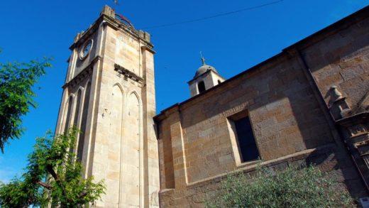 Atopados restos romanos no adro de Santa María a Maior de Verín
