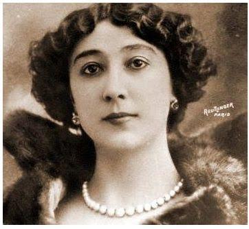 Unha das imaxes da Bella Otero en París